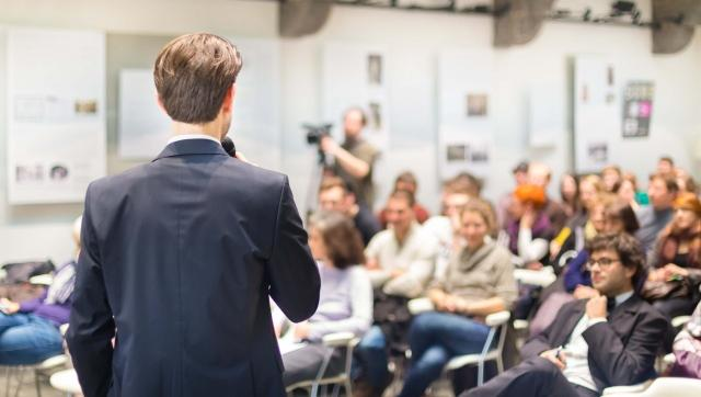 Tips For Presenting Live In A Webcast