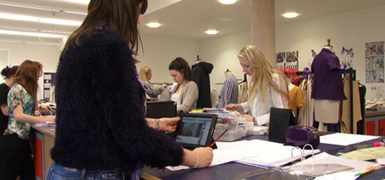 Université de Derby - Vidéo des étudiants