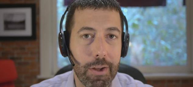Video Thumbnail - Ari - Customer Communications