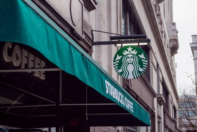 How Starbucks Does Training To Create An Unforgettable Customer Experience