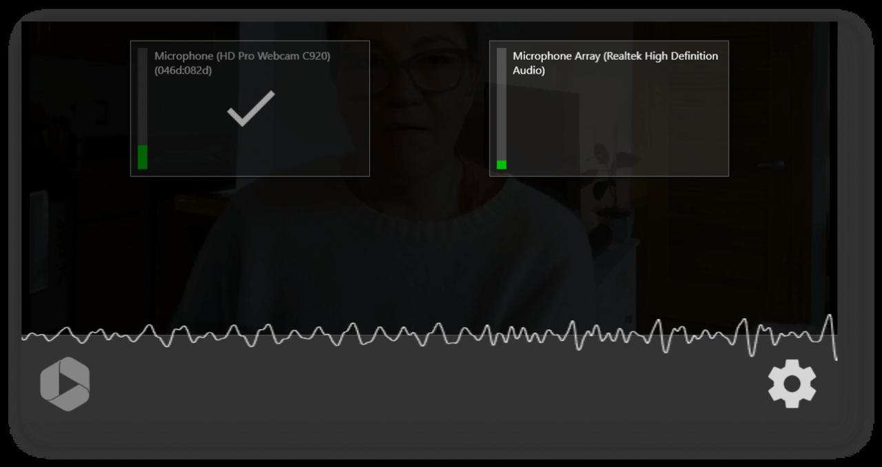 WEB会議やビデオチャットを録音する前に、音声を確認することができます。